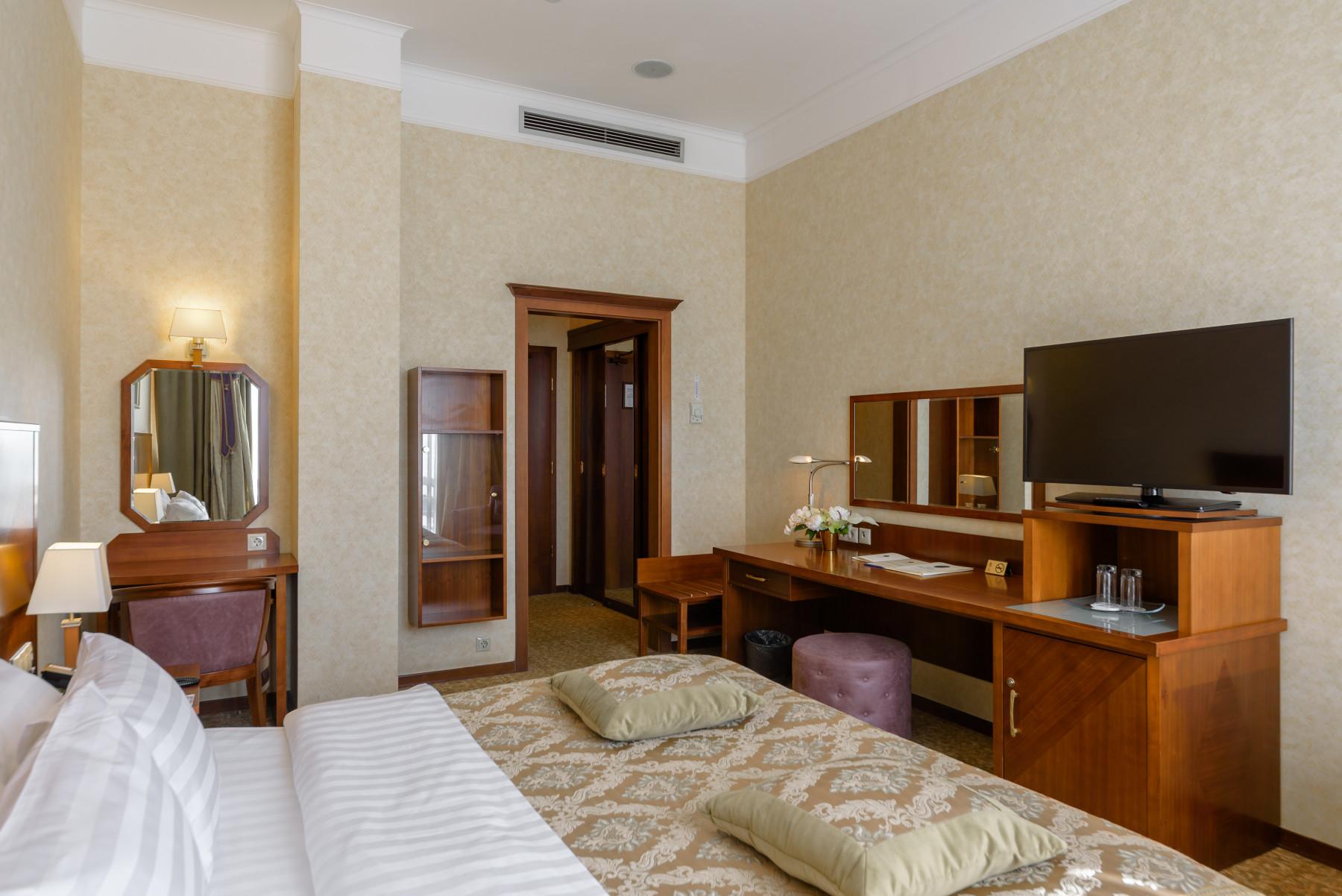 Стандартный номер с одной кроватью на Клубном этаже